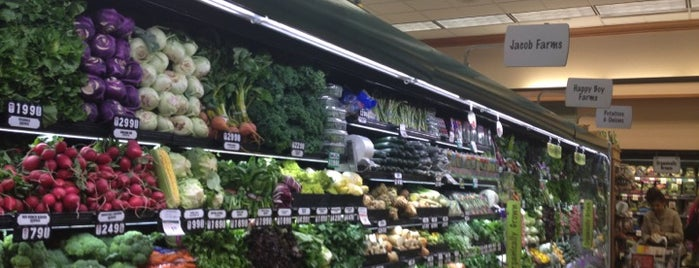 Mollie Stone's Markets is one of FOOD-SHOP.