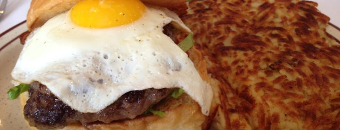 Oak St Burgers & Breakfast is one of CT Food to Try (casual).