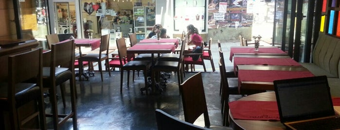 Casa Rosso is one of istanbulda arka sokak lezzetleri.