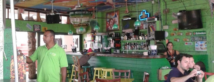 Mojito's is one of Restaurantes.