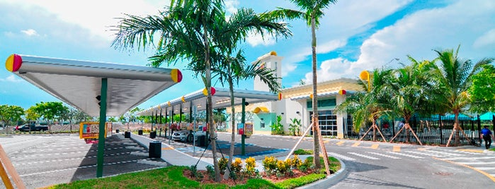 Sonic Beach Miami Gardens is one of Florida Favorite *Eats & Treats*.