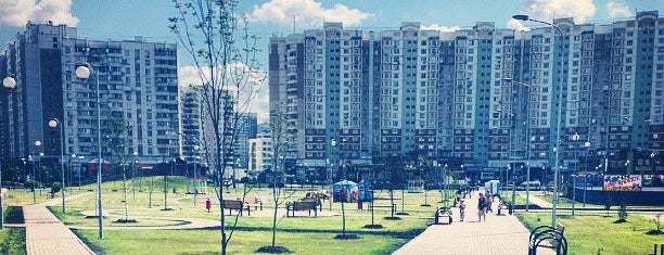 Парк им. Артема Боровика is one of Сады и парки Москвы.