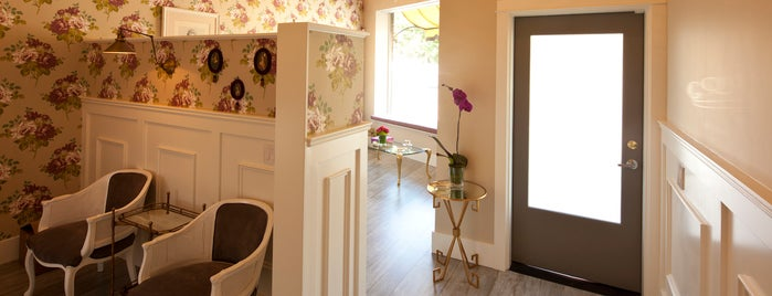 Queen Bee Salon & Spa is one of The 15 Best Places for a Grooming in Los Angeles.