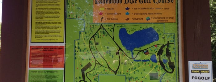 Lakewood Park Disc Golf Course is one of Rat City.