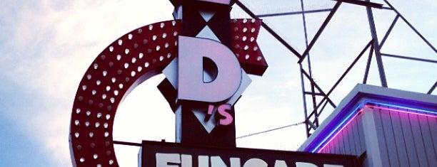 Ed's Funcade 1 is one of Arcades.