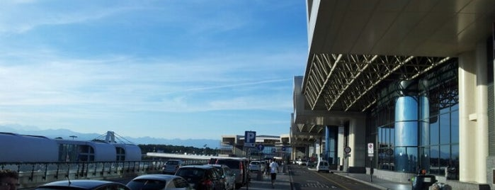 Milan Malpensa Airport (MXP) is one of Italy.