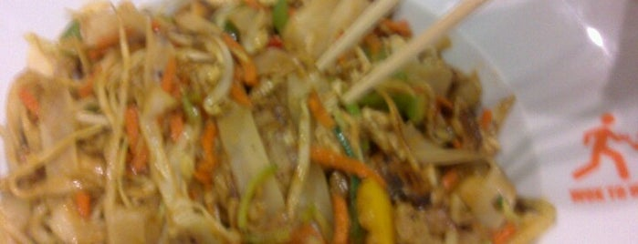 Wok to Walk is one of Favoritos - Comidas & Lanches.