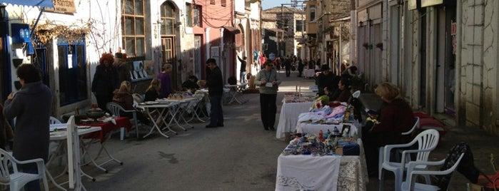 Urla sanat ve antıka pazarı is one of Izmir.