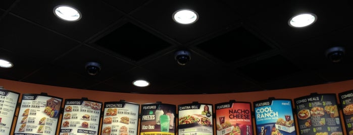 Taco Bell is one of q.