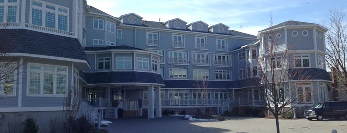 Madison Beach Hotel is one of CT Food to Try (casual).