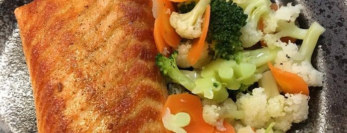 Moji Sushi is one of Guia Rio Sushi by Hamond.