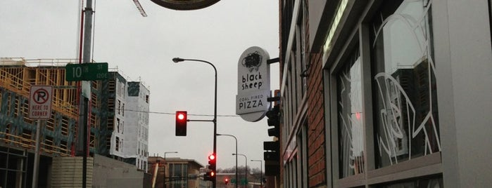 Black Sheep Pizza is one of MPLS to-do.
