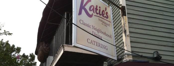 Katie's Restaurant & Bar is one of Foodie!.
