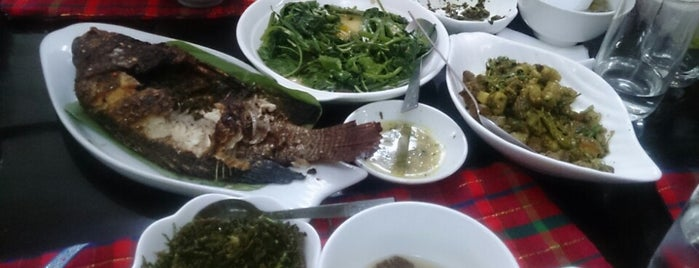 Jane Phaw Myay Kachin Restaurant is one of places.