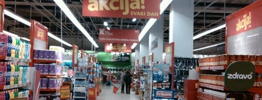 iDEA super is one of Blokovski supermarketi.