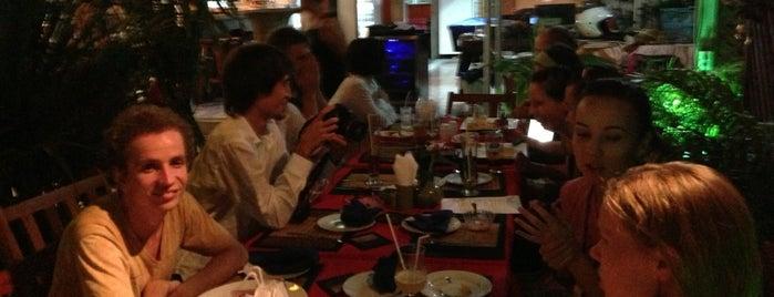 Jasmine Restaurant & Bar Pizza is one of Ko Samui Paradise = Peter's Fav's.