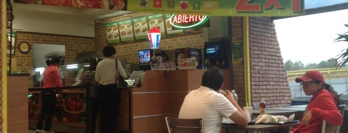 Subway is one of En Coyo!.