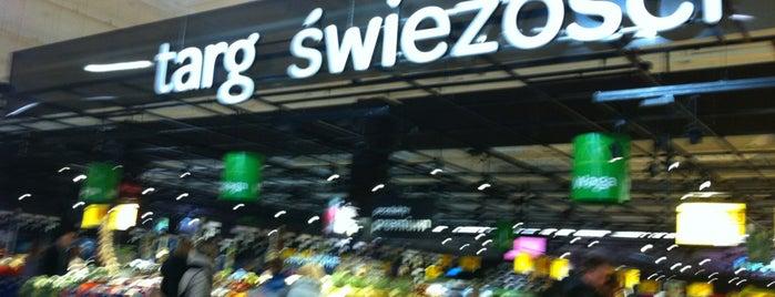 Carrefour is one of Na zakupy!.
