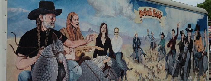 Bufalo Bob's Chalupa Wagon is one of Dog Friendly Restaurants.