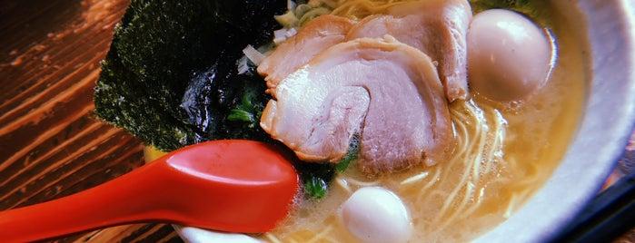 濃厚豚骨醤油ラーメンまかしょお is one of ラーメン.