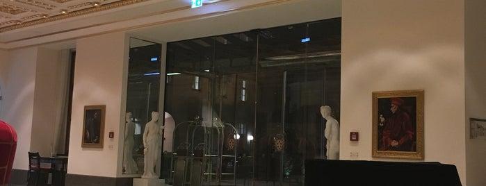 Derag Livinghotel De Medici is one of Hideaways.