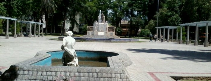 Plaza Italia is one of Cuyo (AR).