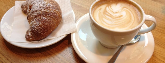 Bianco Latte is one of Milan(o) the BEST! = Peter's Fav's.