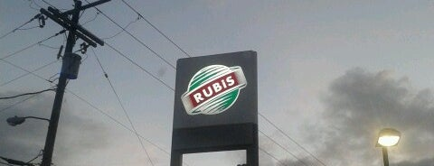 Rubis is one of Dining.