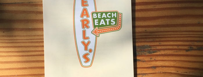 Pearly´s Beach Eats is one of The 15 Best Family-Friendly Places in Clearwater.