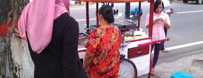 Bundaran Sekartaji is one of Best places in Kediri, Indonesia.