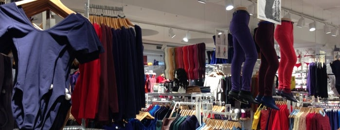 American Apparel is one of to do list in Berlin.