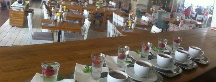 LunchBox is one of Yemede yanında yat....