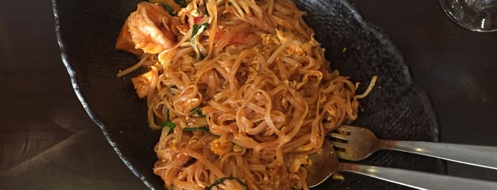 Thai Garden is one of Itaewon food.