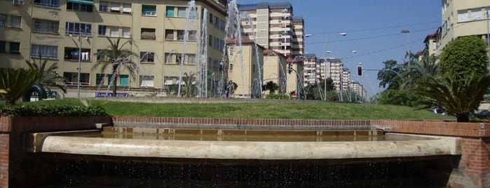 Plaza de la Division Azul is one of Alicante (plazas y jardines).