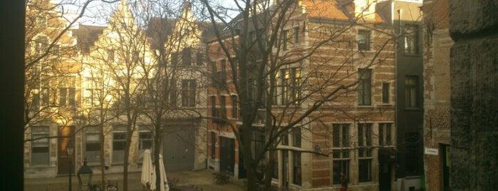 Stadswaag is one of Antwerpen #4sqCities.