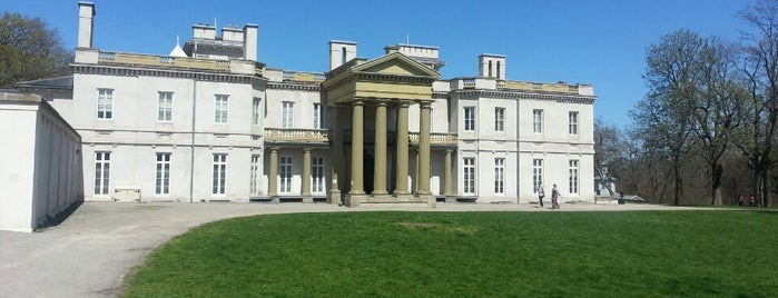 Dundurn Castle is one of Hamilton Area: To-Do.