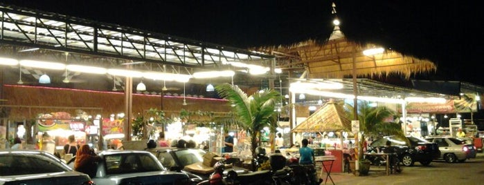 Kuta Bali Cafe (峇里城食坊) is one of Top 10 favorites places in Pulau Pinang, Malaysia.