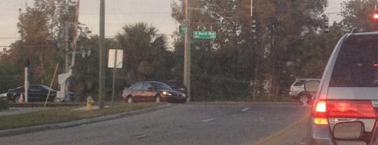 Gunn Hwy/Busch Blvd & Himes Ave is one of Commute Stops.