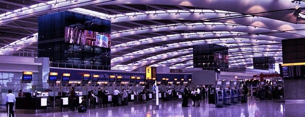 Aeropuerto de Londres-Heathrow (LHR) is one of Airports been to.