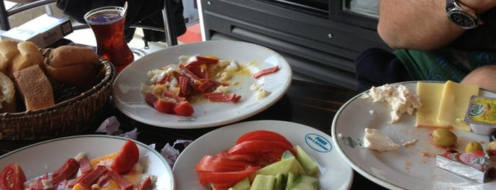 Pınar Cafe & Restaurant is one of ts.