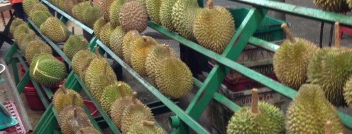 Gerai Durian USJ 14 is one of Makan @ PJ/Subang (Petaling) #7.