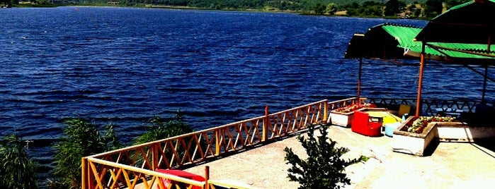 Poyrazlar Gölü is one of Kamp.