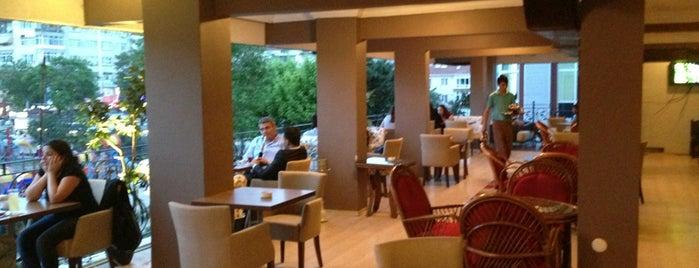 Avrupa Cafe & Restaurant is one of Avcılar - Büyükçekmece Cafeler.