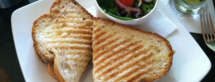 Press 626 Cafe & Wine Bar is one of Delicious Vegetarian Spots in Norfolk.