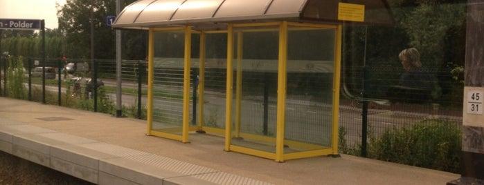 Station Hoboken-Polder is one of Bijna alle treinstations in Vlaanderen.