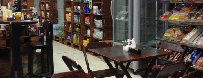 Padaria e Confeitaria Deli da Juju is one of Cerveja Artesanal Interior Rio de Janeiro.