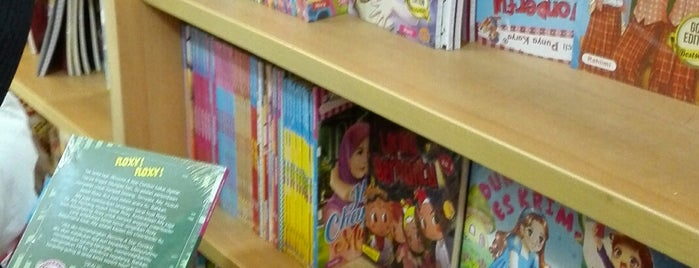 Buy books in all bookstore in Surabaya, Indonesia