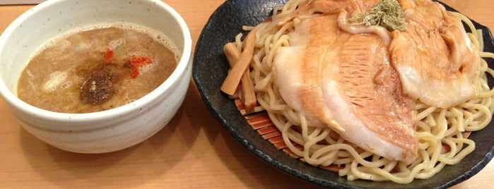 とろ肉つけ麺 魚とん is one of 東京.