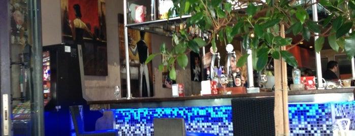 Cafe De Miranda is one of Tapas.