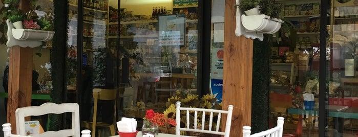 VOP Café Bistró is one of Love eat!.